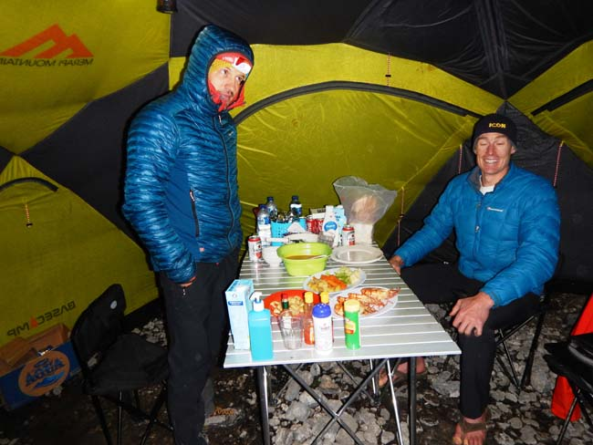 seafood and beers in carstensz bc
